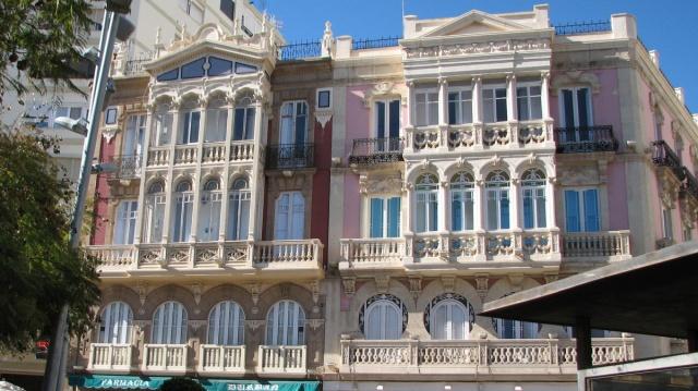 Huizen aan de Puerta Purchena