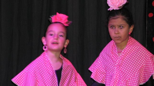 Ook voorstellingen gegeven door flamencoscholen waarbij zowel de jongste leerlingen als de oudere aan bod kwamen ware, zeer de moeite en wisten ons te emotioneren.