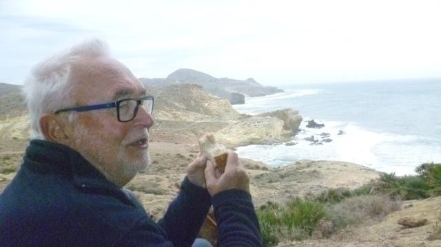 Op een berg in de buurt van Playa Monsul.